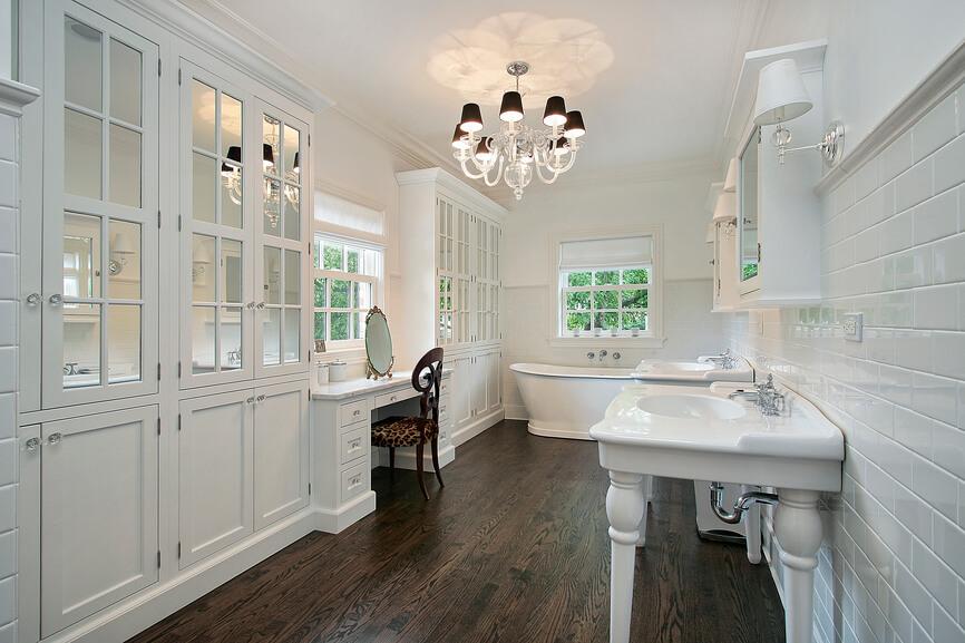 Hardwood Floor Contrast Design